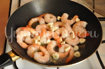 Паста Нери с морепродуктами - шаг 1