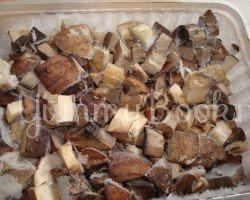 Суп с грибами и фрикадельками в мультиварке - шаг 2