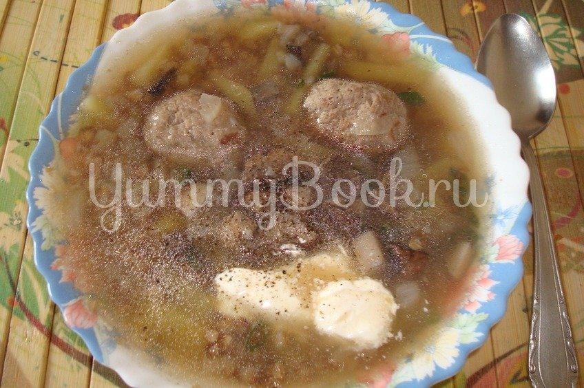 Суп с грибами и фрикадельками в мультиварке