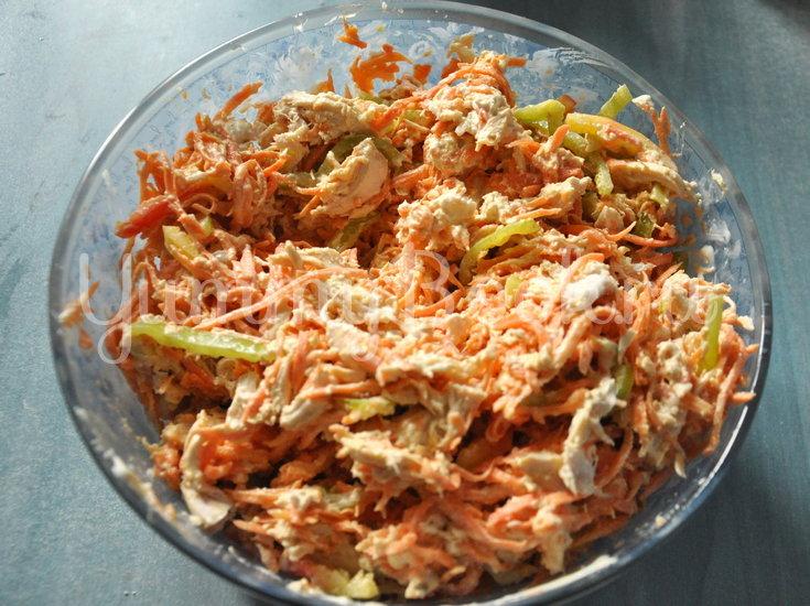 Куриный салат с корейской морковью - шаг 5