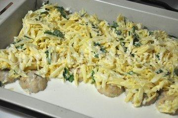 Куриные тефтельки под сырным соусом - шаг 7