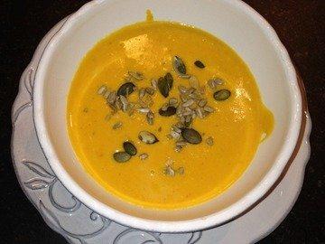 Нарядный зимний суп: тыква с имбирем