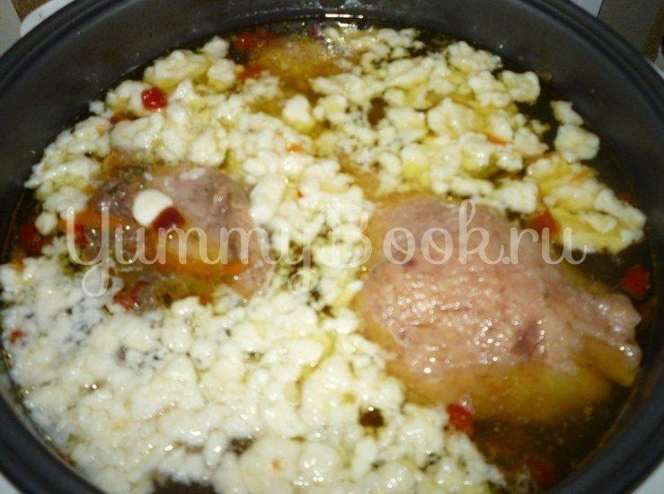 Куриный суп с клецками в мультиварке - шаг 5