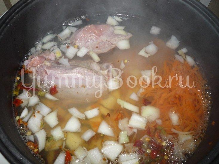 Куриный суп с клецками в мультиварке - шаг 2