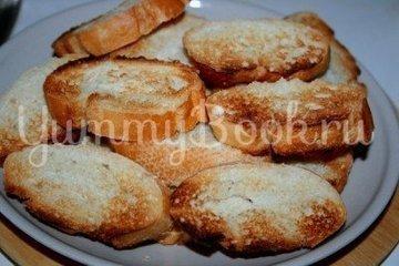 Закусочные бутерброды с печенью трески - шаг 1