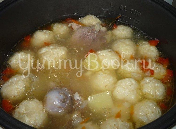 Суп с сырными шариками из мультиварки - шаг 9