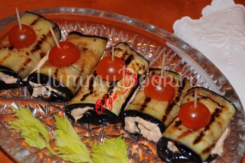 Рулетики из баклажан и сыра рикотта