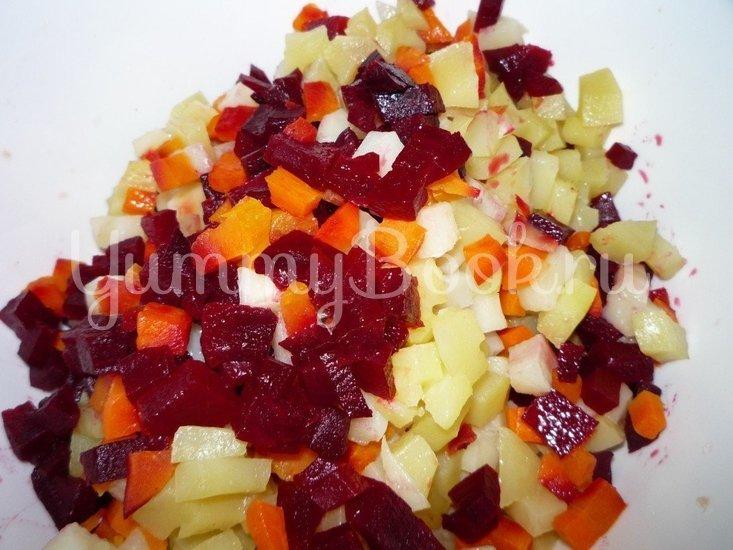 Винегрет с сельдью и консервированной фасолью - шаг 6
