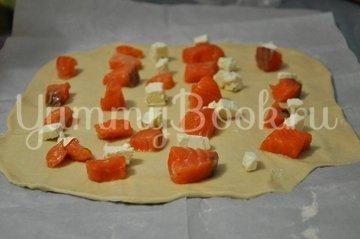 Штрудель со шпинатом и семгой - шаг 4