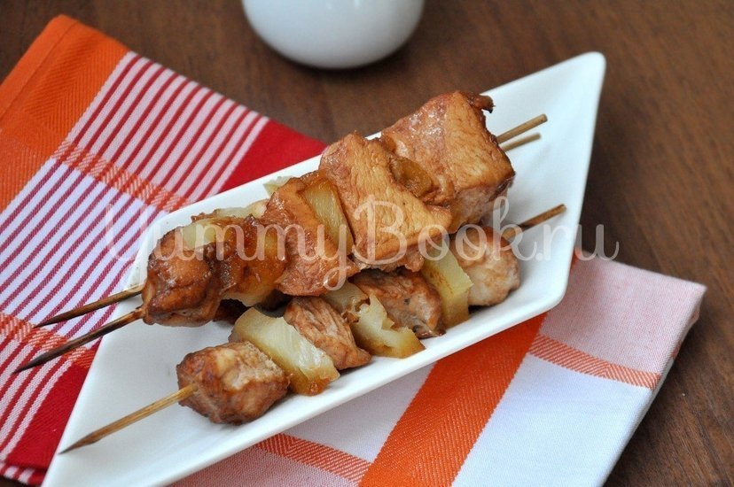 Куриное филе с ананасами на шпажках - шаг 5