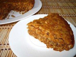 Постный овсяный пирог с грушами из мультиварки