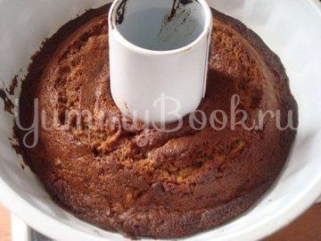 Шоколадный кекс с яблоком и изюмом - шаг 2