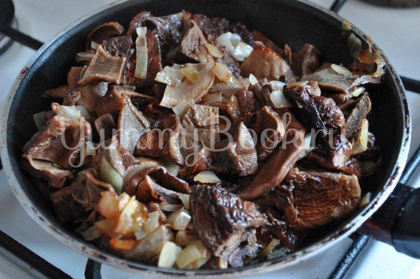 Картофель с грибами в горшочке - шаг 2