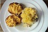 Салат с отварной говядиной и консервированными ананасами