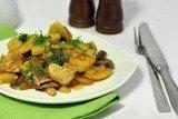 Картофель с курицей и грибами в мультиварке