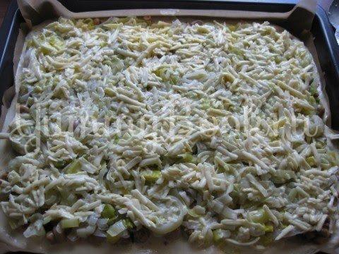 Пирог с луком-пореем, Lauchkuchen - шаг 12