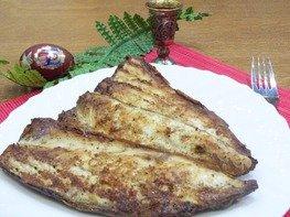 Маринованная и запеченная рыба на костре