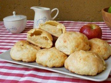 Песочные булочки с яблоком