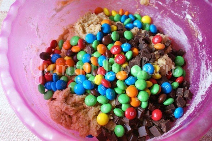 Печенье с конфетами M&M's - шаг 4