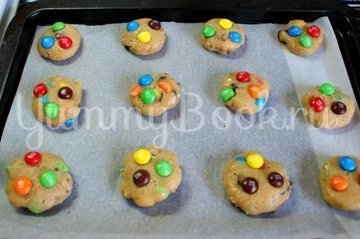 Печенье с конфетами M&M's - шаг 6