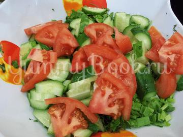Свеженький овощной салат - шаг 6