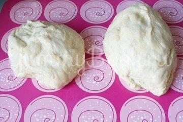 Дрожжевой пирог с начинкой - шаг 4