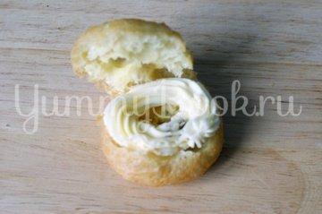 Заварные пирожные «Творожное кольцо» - шаг 9
