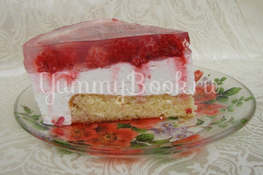 Торт «Зимнее искушение с малиновой ноткой»