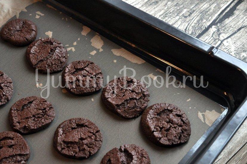 Рассыпчатое шоколадное печенье - шаг 9