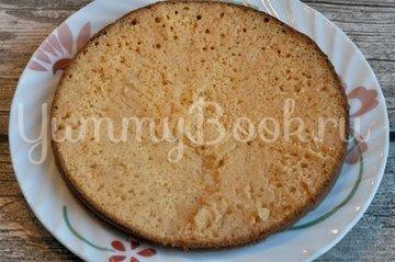 Бисквитный торт с кремом - шаг 6