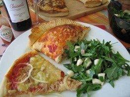 Пицца с тунцом и ветчиной