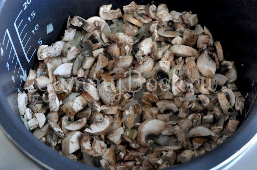 Блины с курицей и грибами - шаг 2