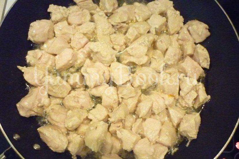 Куриное филе с ананасом в сметанном соусе - шаг 7