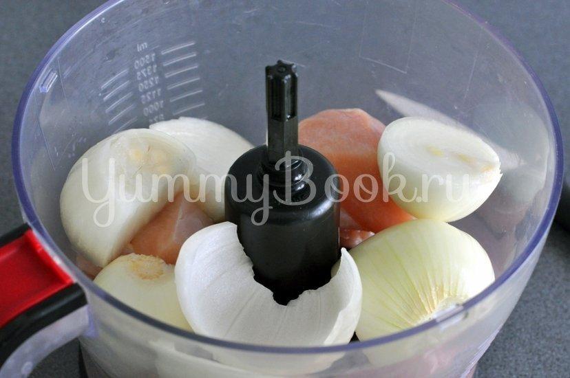 Куриные тефтели в томатном соусе - шаг 2