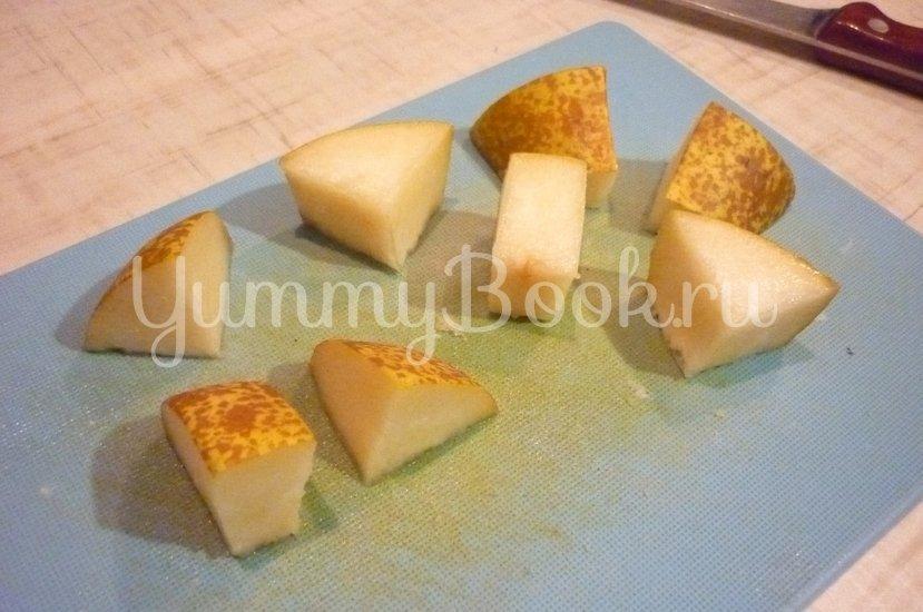 Пикантные канапе с сыром, фруктами и маслинами - шаг 2