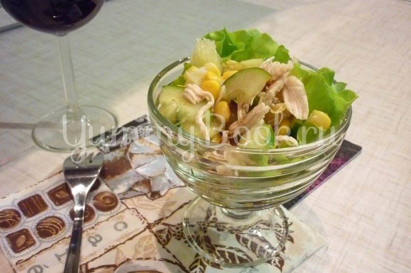 Лёгкий весенний салат с помело