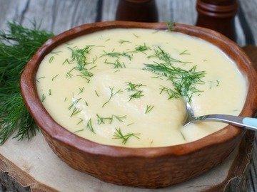 Суп-пюре из корня сельдерея и картофеля