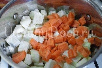 Суп-пюре из корня сельдерея и картофеля - шаг 3