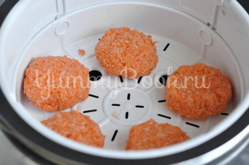 Морковные паровые котлеты в мультиварке - шаг 4