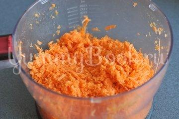Морковные паровые котлеты в мультиварке - шаг 1