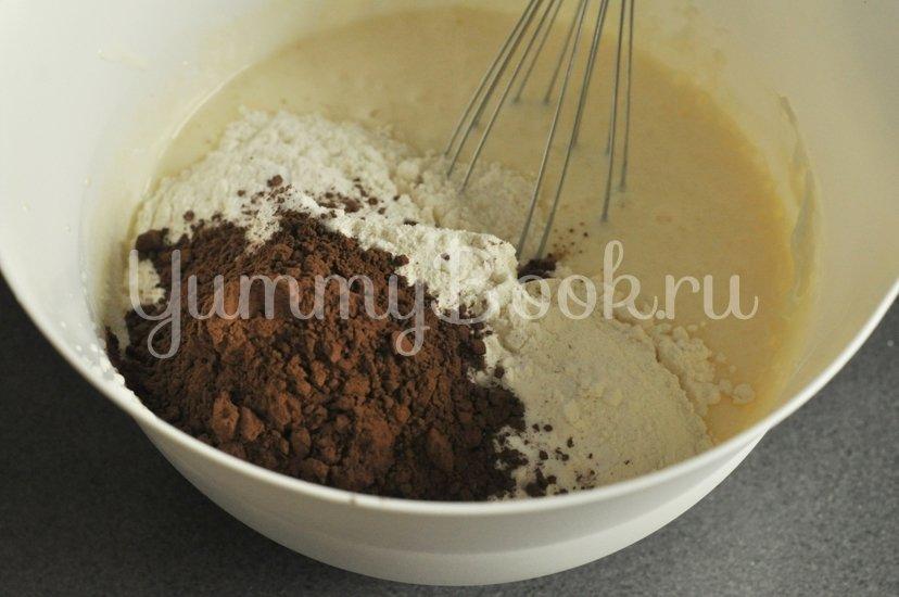 Шоколадный пирог на сметане в мультиварке - шаг 2