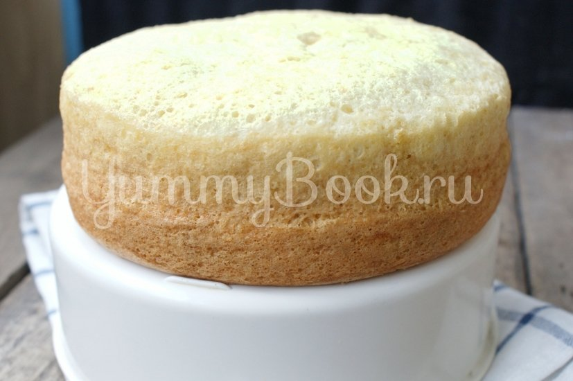 """Бисквитный торт """"Ягода"""" в мультиварке - шаг 8"""