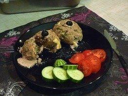 Мясные шарики с сыром и свежей зеленью
