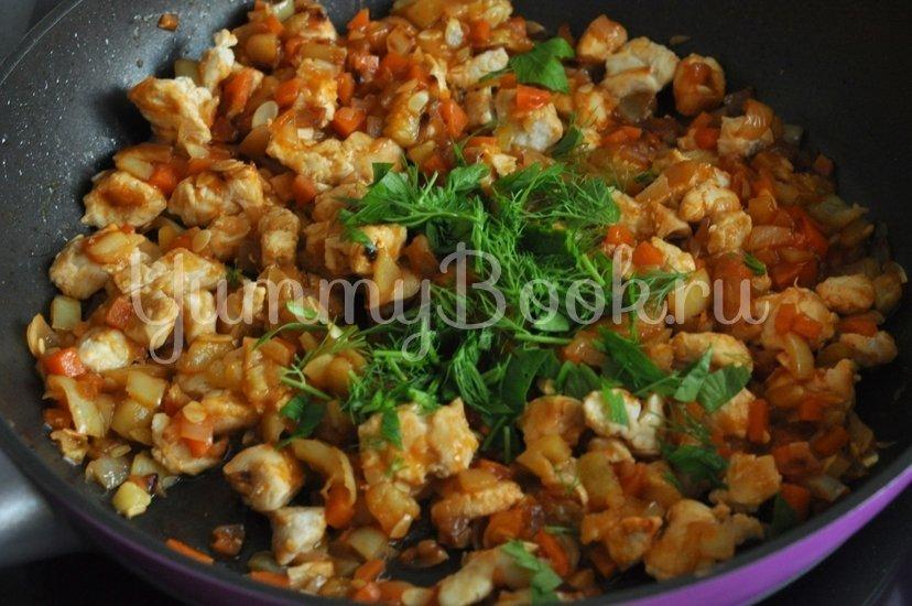 Кабачки, фаршированные курицей и овощами - шаг 9