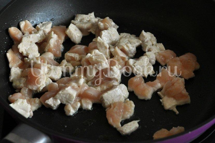 Кабачки, фаршированные курицей и овощами - шаг 4