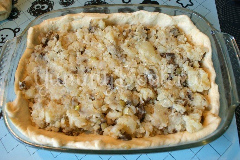 Дрожжевой пирог с картофелем и грибами - шаг 7