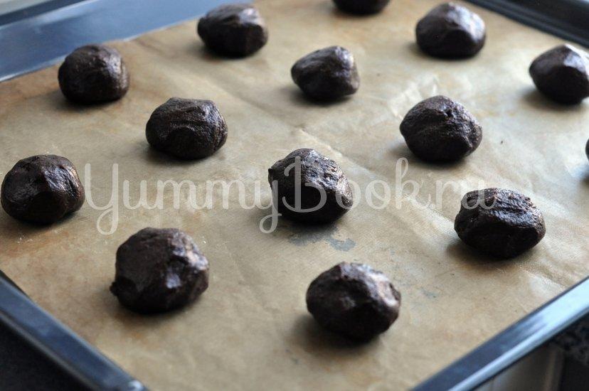 Шоколадное печенье с шоколадной крошкой - шаг 7
