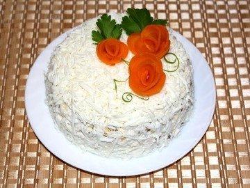 Закусочный торт - салат из куриной печени