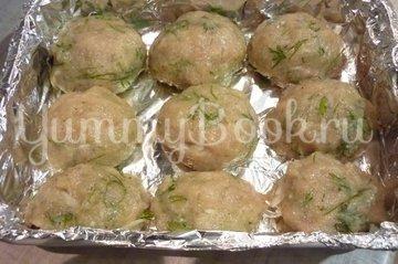 Куриные тефтели без риса с двумя соусами - шаг 6