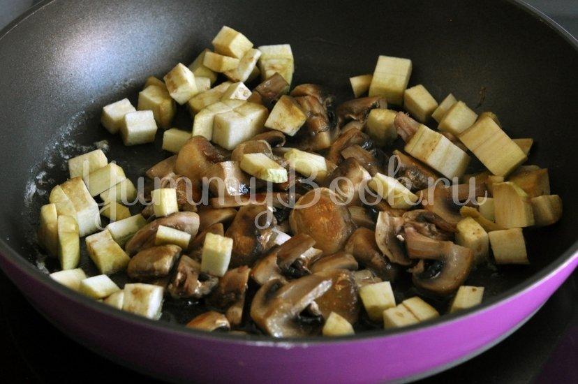 Спагетти с грибами и баклажанами под сливочным соусом - шаг 5